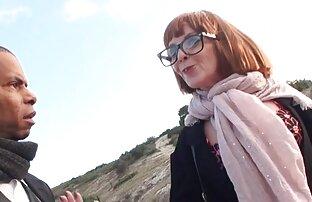 Pojken klä flickan i röven och skriker ungersk sexfilm i hennes ansikte