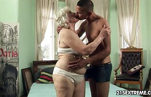 Ryska sexfilm old prostituerad i omklädningsrummet