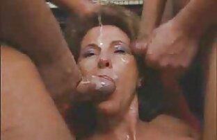 Två bröstvårtor licking perverse sexfilm